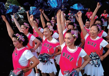 青春啦啦隊  <Young at Heart: Grandma Cheerleaders>